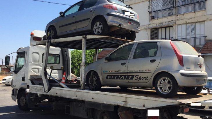 גרר קונה רכבים לפירוק